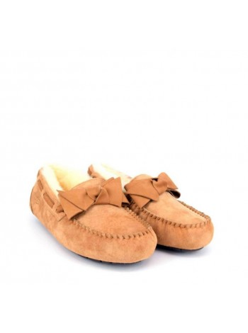 UGG Moccasins Dakota Leather Bow Chestnut